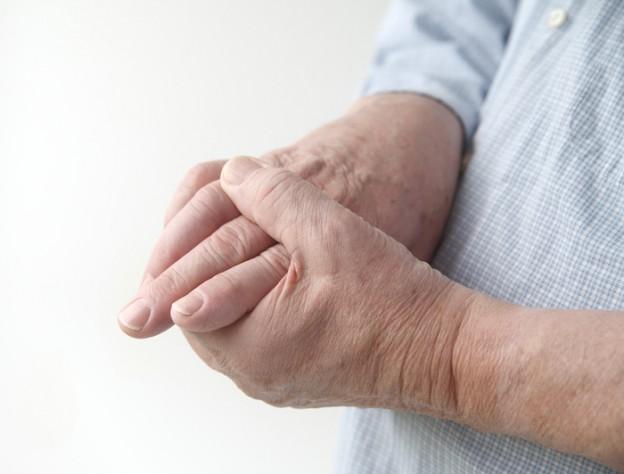 Gicht betrifft häufig die Finger- und Fußgelenke.