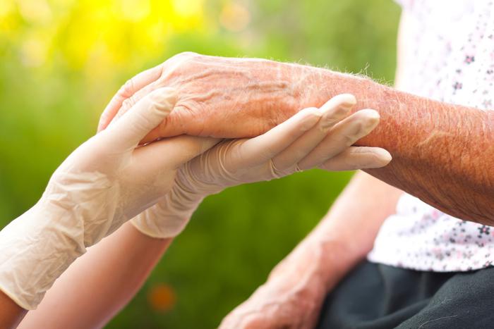 Wo gibt es zum Verbrauch bestimmte Pflegehilfsmittel?