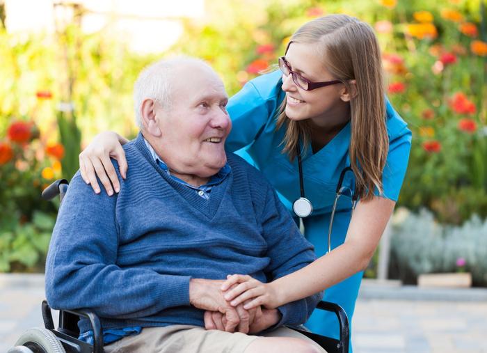 Besondere Pflegeleistungen nach einem Schlaganfall